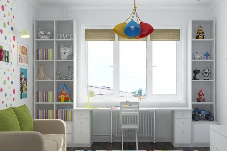 Столы для детской комнаты